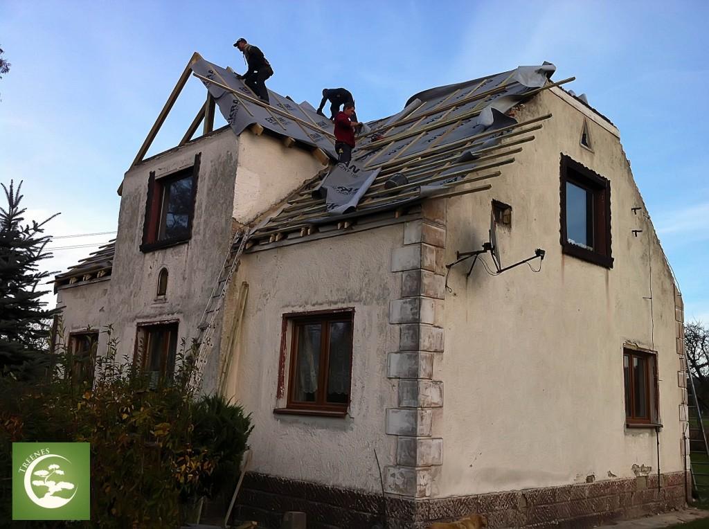 jak wyremontować stary dach